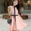 ชุดเดรสทำงานสวยๆ สีชมพู ผ้าชีฟอง ลุคสาวทำงานเรียบๆ น่ารักๆ thumbnail 1