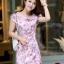 ชุดเดรสทำงานสวยๆ สีชมพู ลายดอกไม้ คอจีน ทรงตรงเข้ารูป แขนสั้น ผ้าคอลตอลยืด ซิปหลัง ไซส์ L thumbnail 1