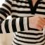 ชุดเดรสสั้นน่ารักๆ ลายขวาง สีขาวดำ ผ้าสเปนเด็กซ์เนื้อผ้ายืดหยุ่นตามตัว คอวี แขนยาว thumbnail 13