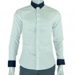 เสื้อเชิ้ตผู้ชายแขนยาว คอจีน สีขาวพิมพ์ลาย คอปกสีกรมท่า