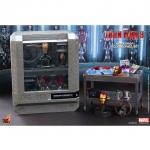 Hot Toys โมเดล ฟิกเกอร์ Iron Man 3 Iron Man Workshop AccessoriesCollectible Set.